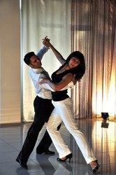 Бальні танці для дорослих та дітей Dance Club